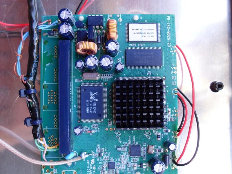 Clique na imagem para uma versão maior  Nome:         Costa Antena Radio - ChipSet 2.jpg Visualizações:134 Tamanho: 338,3 KB ID:      16454
