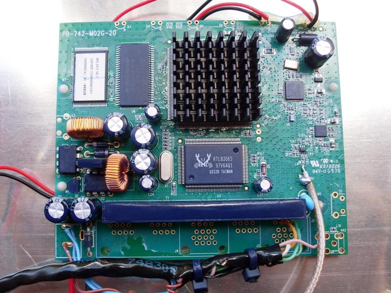 Clique na imagem para uma versão maior  Nome:         Costa Antena Radio - ChipSet.jpg Visualizações:115 Tamanho: 317,2 KB ID:      16460
