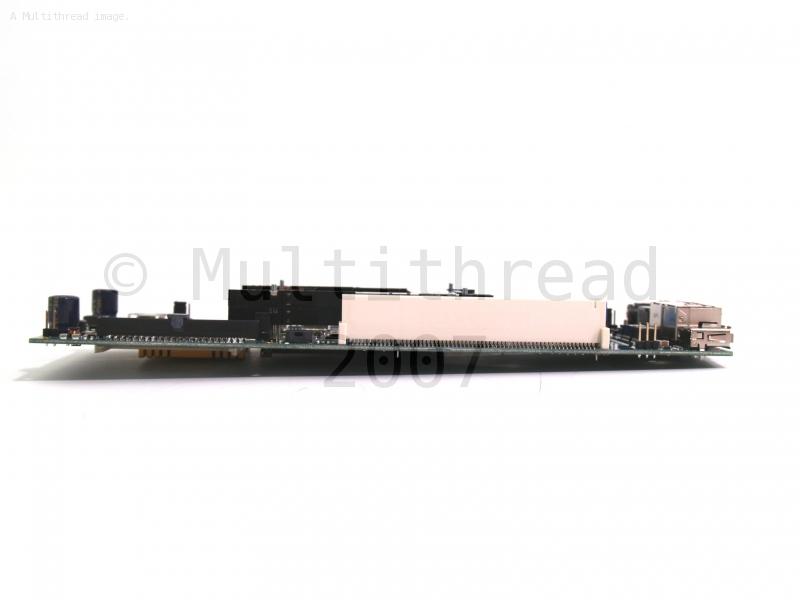 Clique na imagem para uma versão maior  Nome:         RouterBoard_230_side.jpg Visualizações:59 Tamanho: 154,7 KB ID:      20795