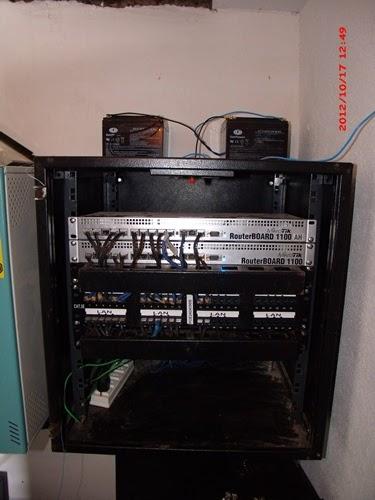 Clique na imagem para uma versão maior  Nome:         rack pronto.JPG Visualizações:504 Tamanho: 45,5 KB ID:      45308