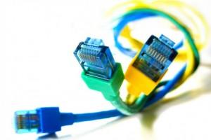 Clique na imagem para uma versão maior  Nome:         cabos-ethernet-20121010173033-300x200.jpg Visualizações:58 Tamanho: 14,1 KB ID:      48935