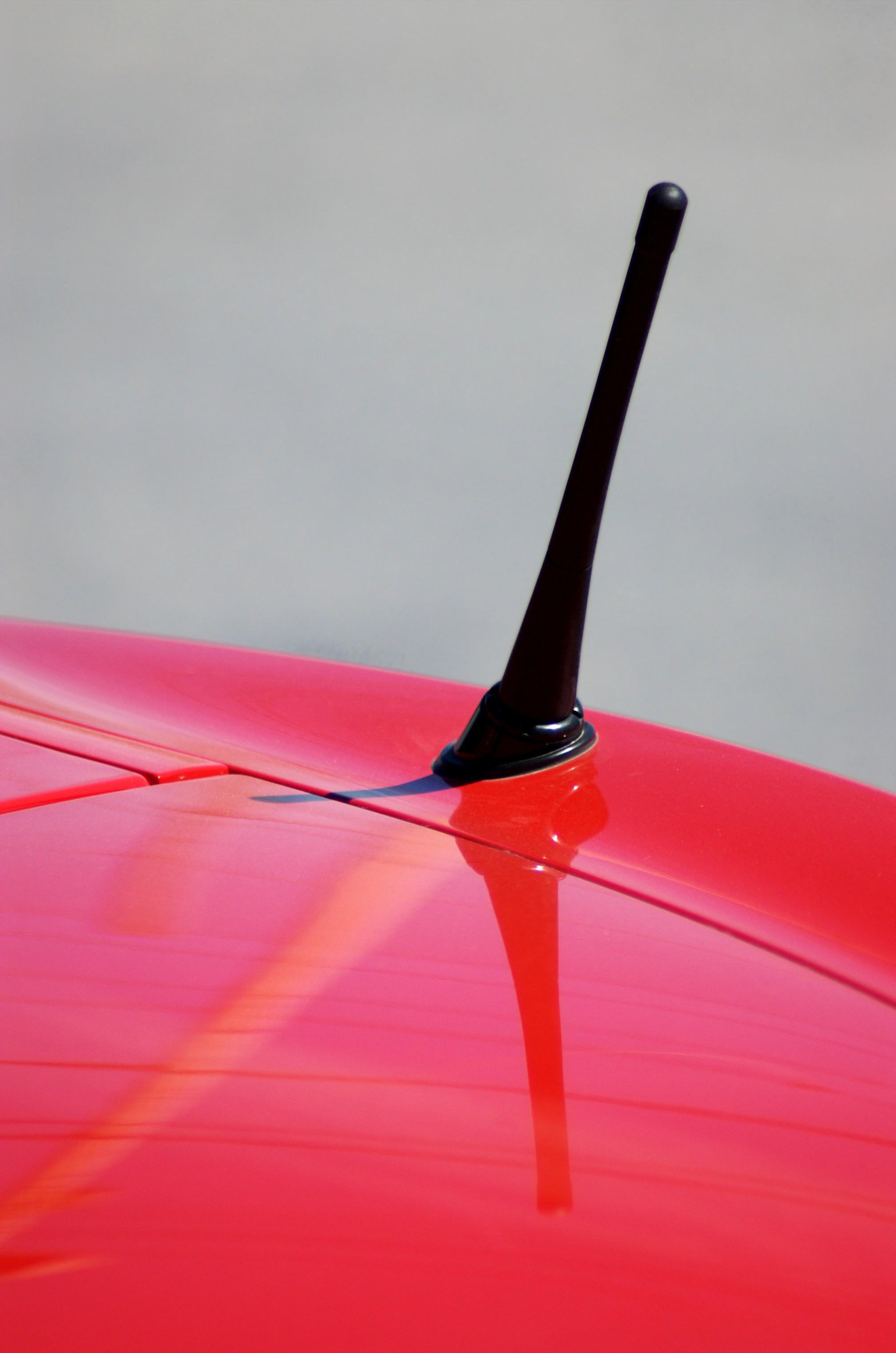 Clique na imagem para uma versão maior  Nome:         Car-antenna.jpg Visualizações:139 Tamanho: 529,8 KB ID:      59737