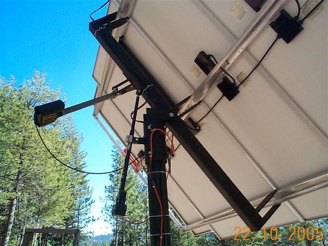 Clique na imagem para uma versão maior  Nome:         solar_tracking_mounts_witherspoon4.jpg Visualizações:292 Tamanho: 69,8 KB ID:      62658