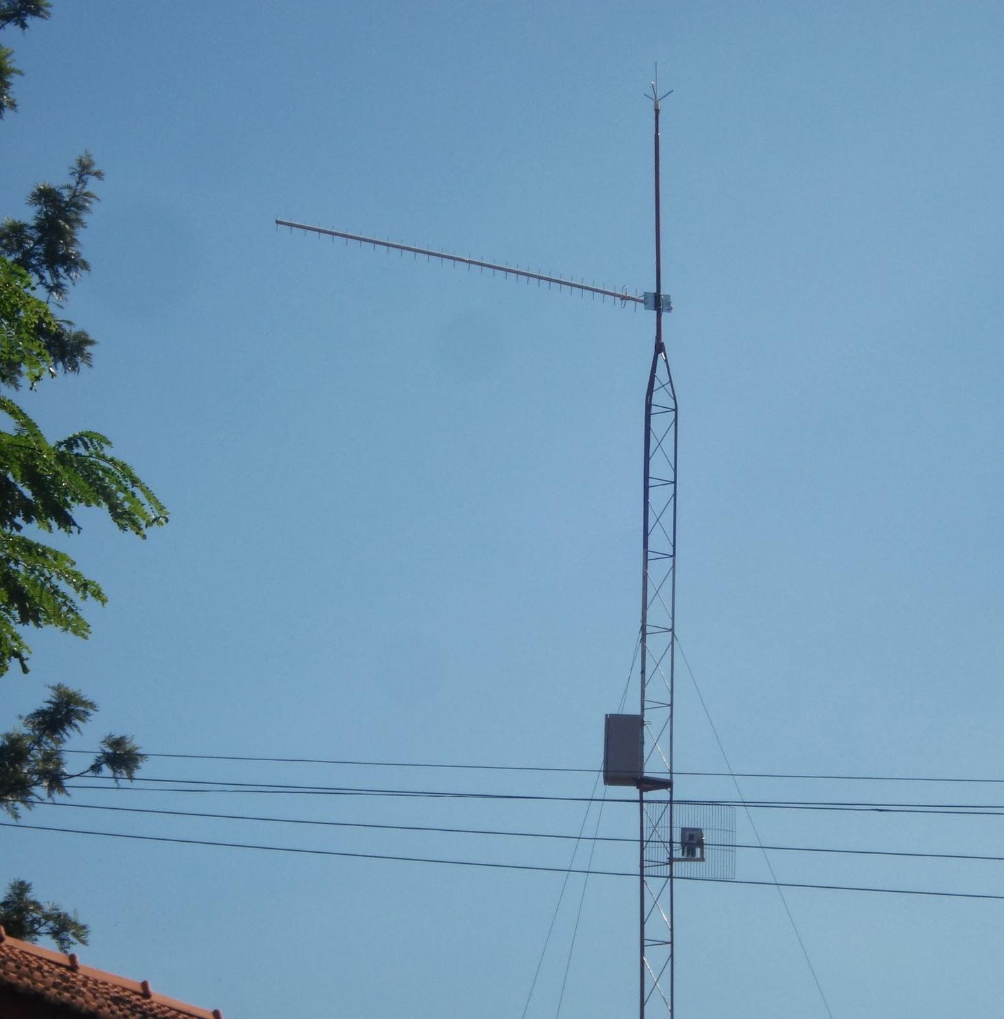 Clique na imagem para uma versão maior  Nome:         Antenas, Torre (4).JPG Visualizações:149 Tamanho: 168,4 KB ID:      65954